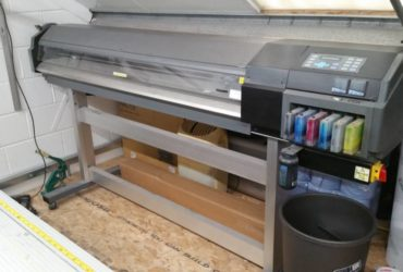 Roland solvent sign printer