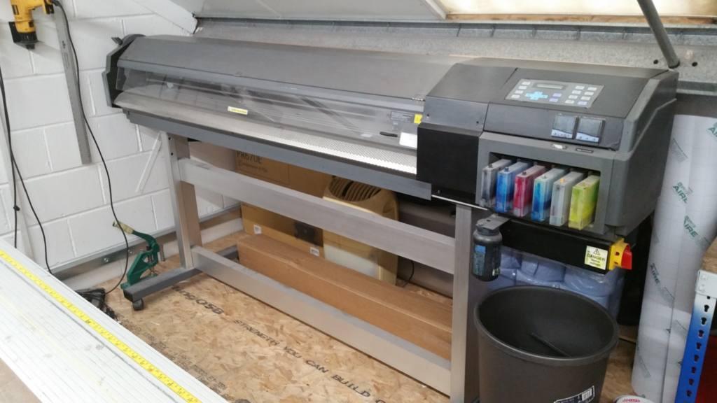 Roland solvent sign printer